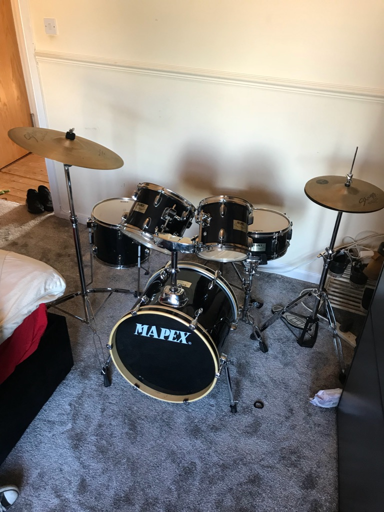 Mapex v series 5 piece jazz drum kit. £200 obo