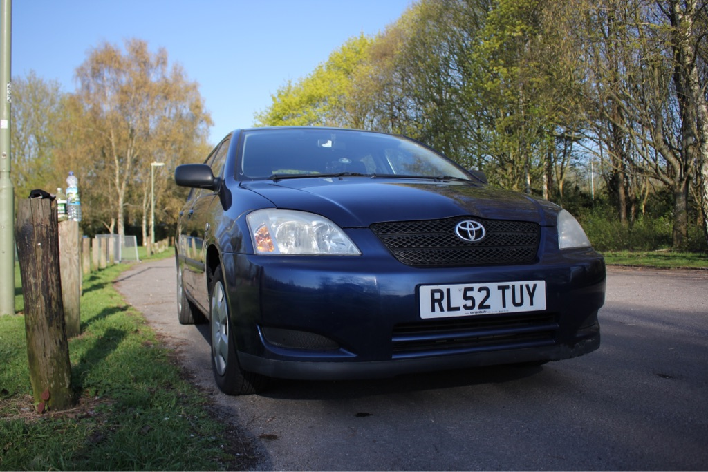 Toyota Corolla - MOT valid until 02/2020 - 66,000 miles - Very Good Condition