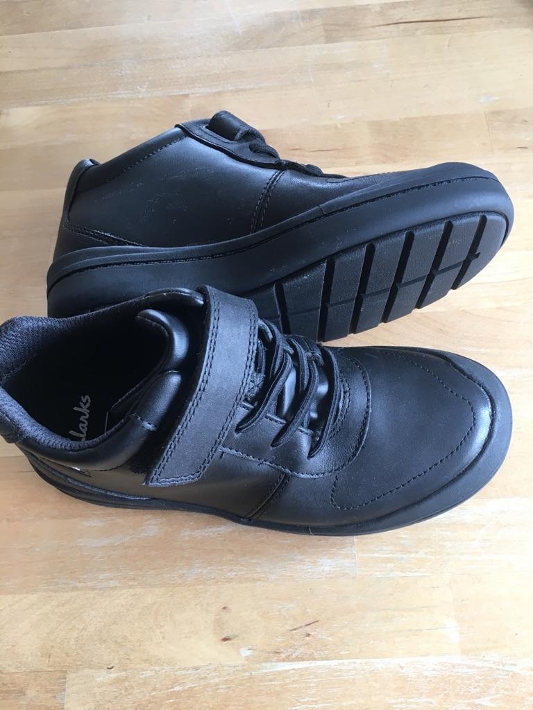 NEW CLARKS boys school shoes. UK13G