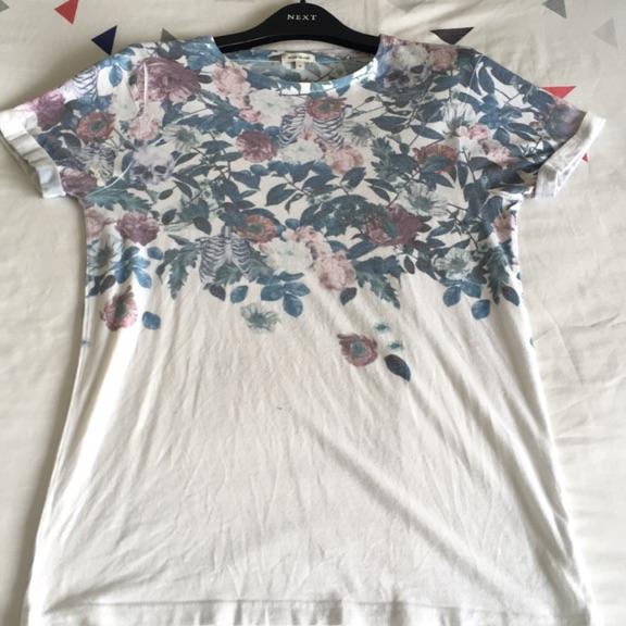 River Island Skeleton/Flowers Tshirt