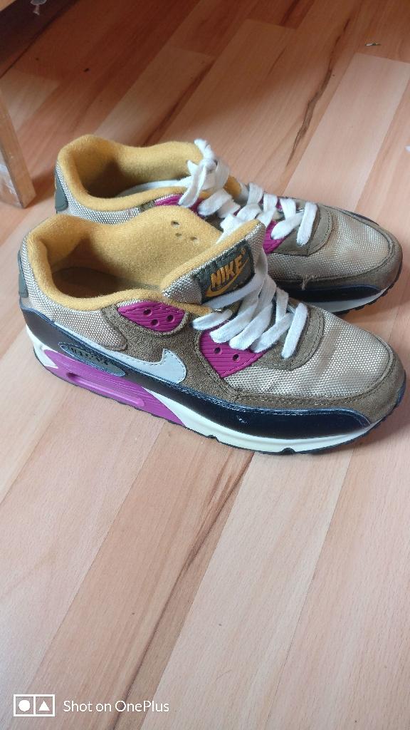 Nike 6 uk size