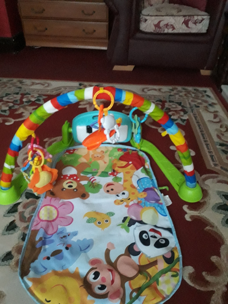 Baby monkey  piano newborn/3months