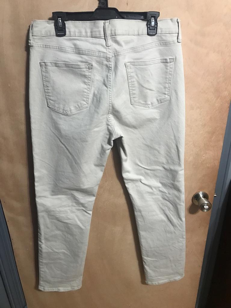Slim fit old navy jeans