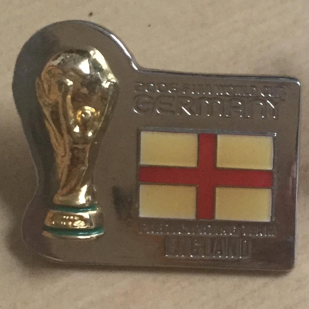 Fifa Rare Trophy Flag Collectible Pin