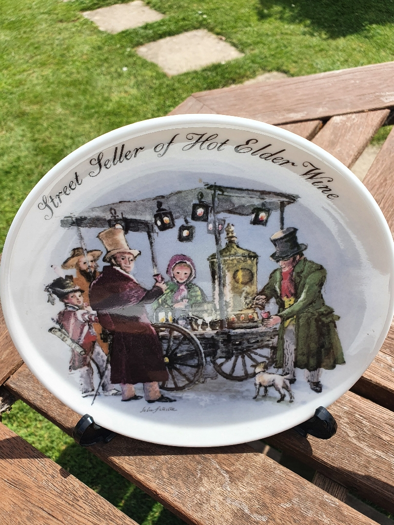 A full collection of Wedgwood plates