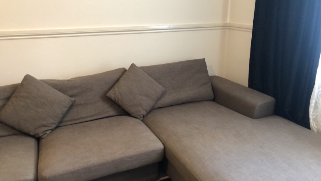 L'shape corner sofa