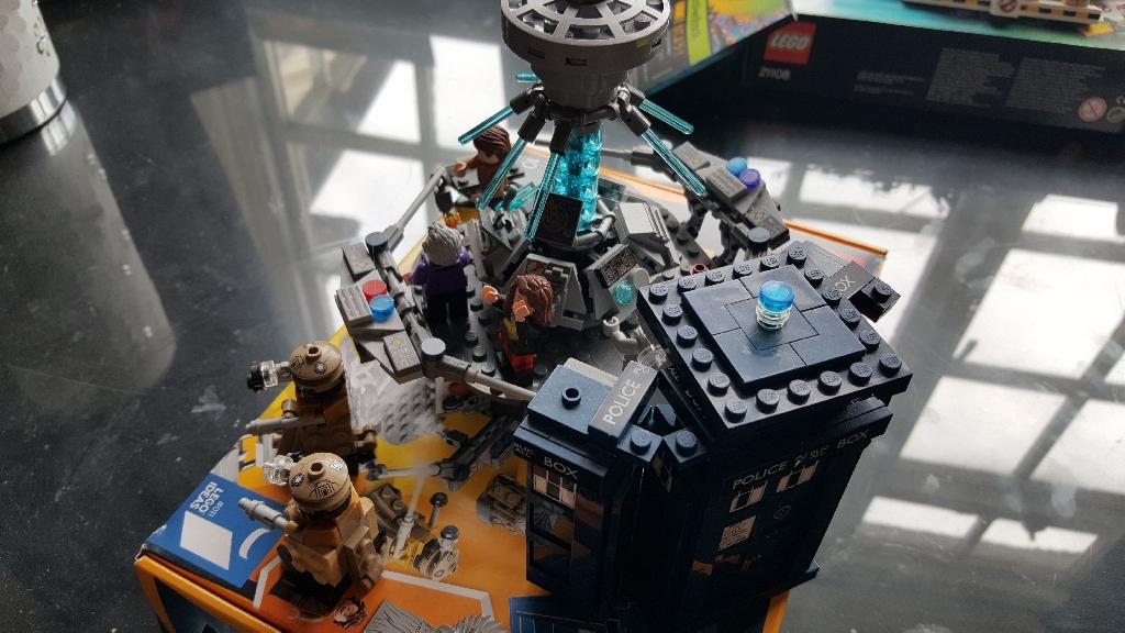 Lego Doctor Who Tardis
