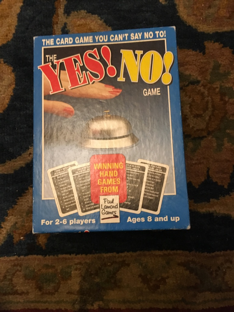 Vintage yes and no game