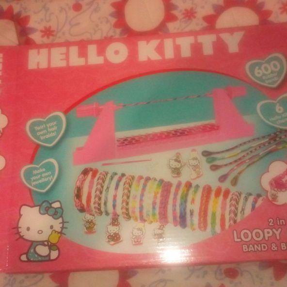 Hello kitty loom band maker
