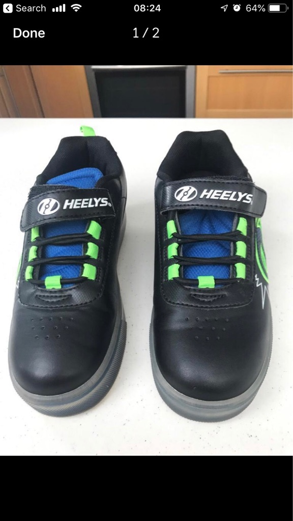 Boys heelies size 2