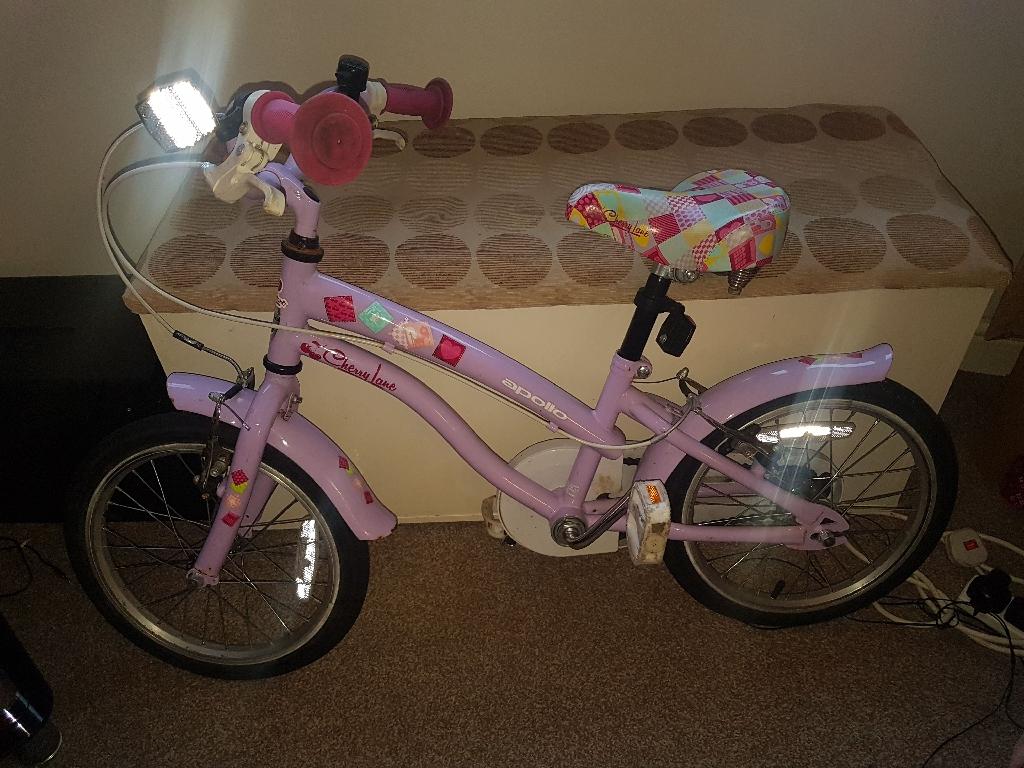 """Girls bike 16"""" 5-8years"""
