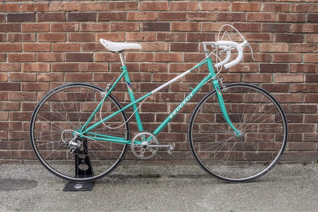 Peugeot Riviera 80's vintage ladies road bike