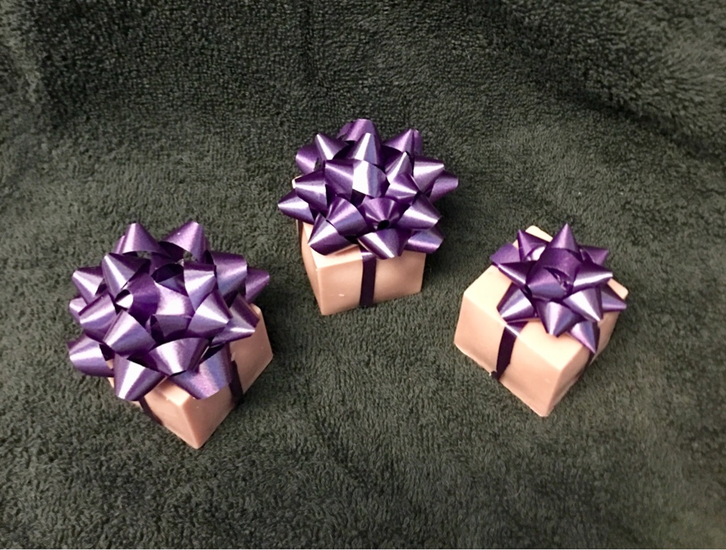 Mulled wine scented mini soap