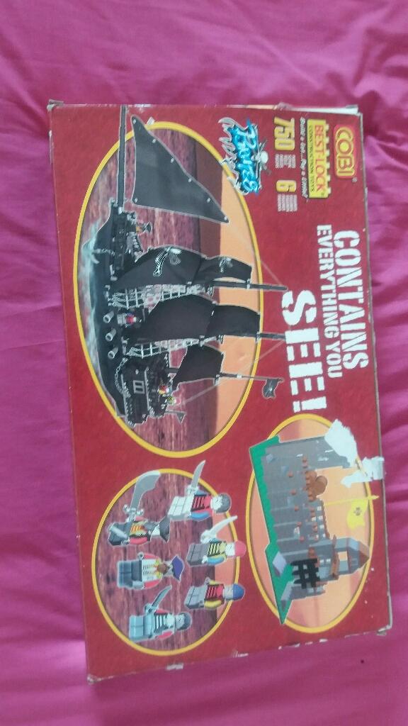 cobi best lock Pirates 750 pieces 6 figures