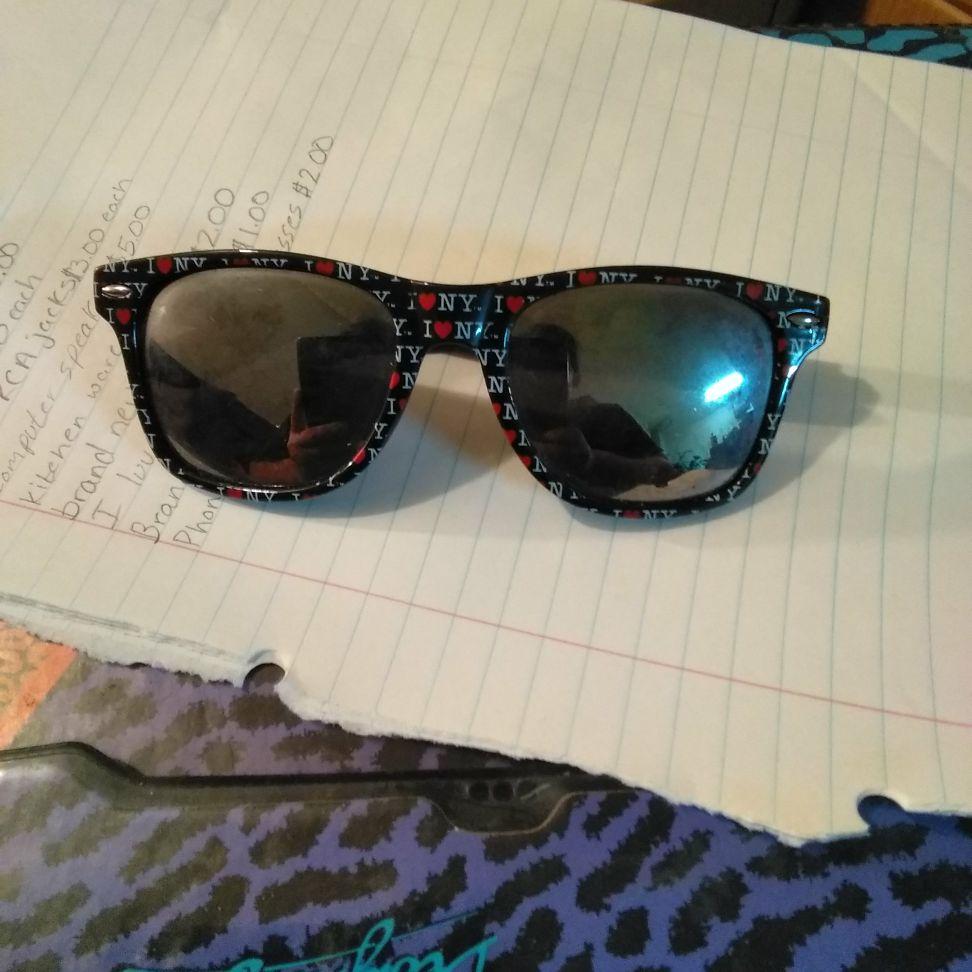 I love NY sunglasses $1