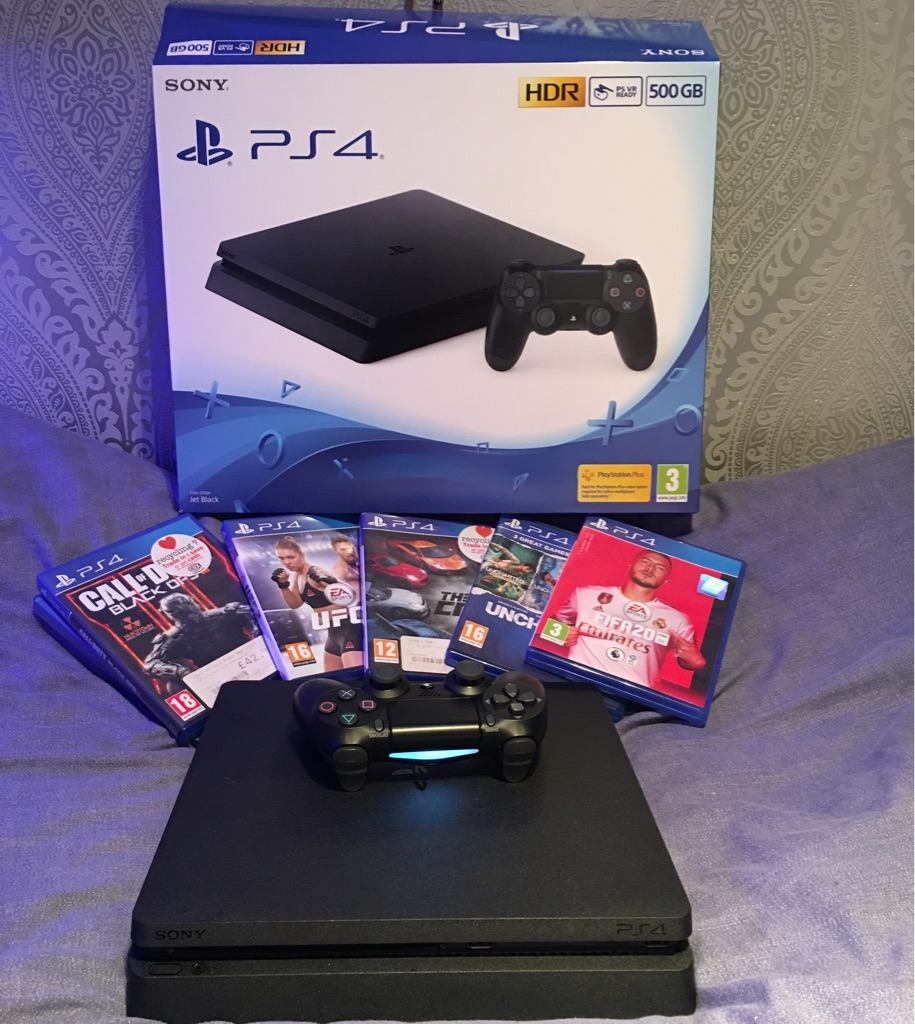 PS4 Console +6 Games +1 Controller