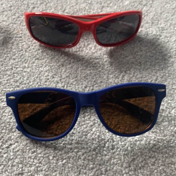 Colourful kids sunglasses