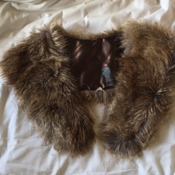 Fur Collar - Dorothy Perkins