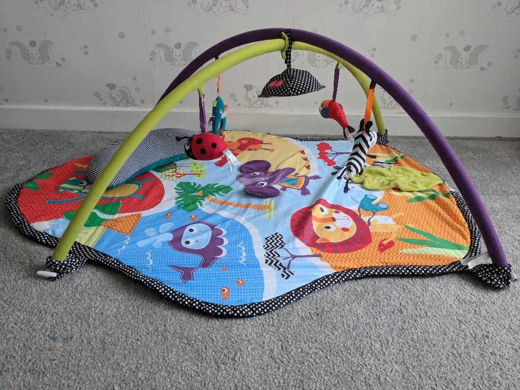 Mamas and Papas big world playmat