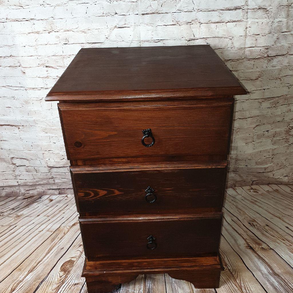 1 Pine bedside cabinet