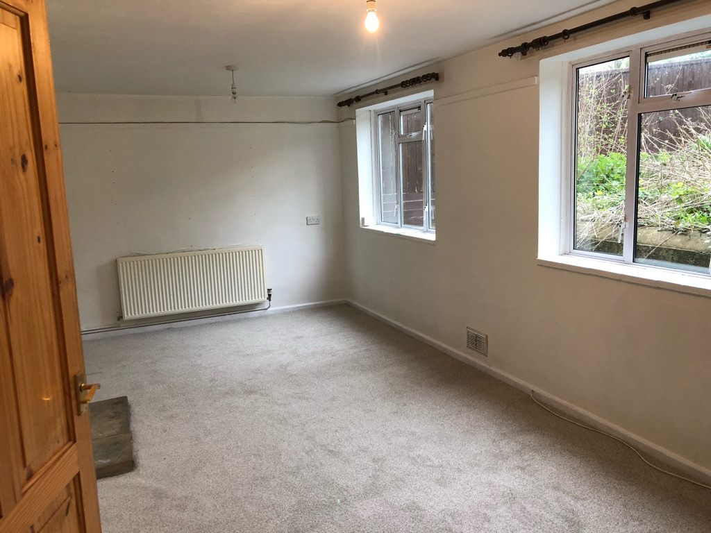 2 bedroom semi detached house for rent in Box, Corsham