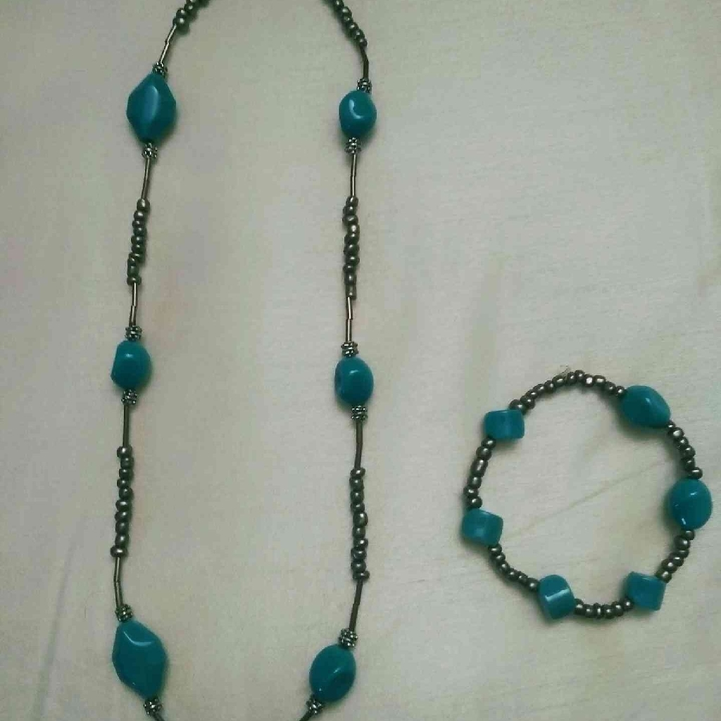 Handmade necklace with matching bracelet