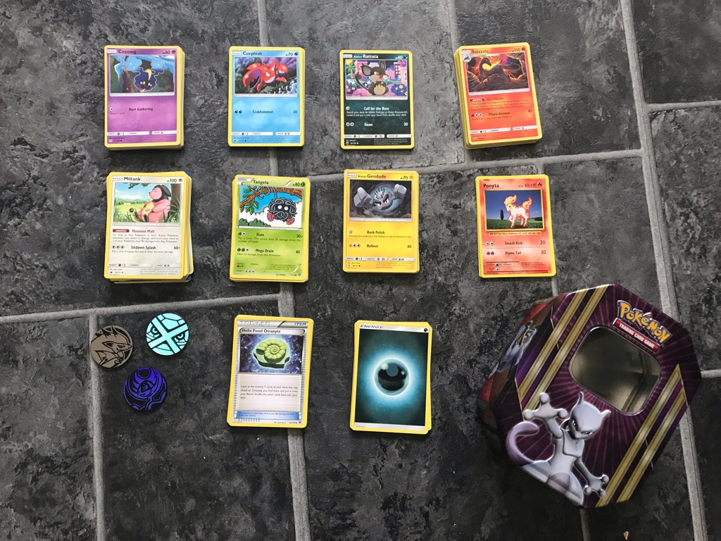 150+ Pokemon Cards, Limited Edition Mewtwo Tin & Holographic Discs