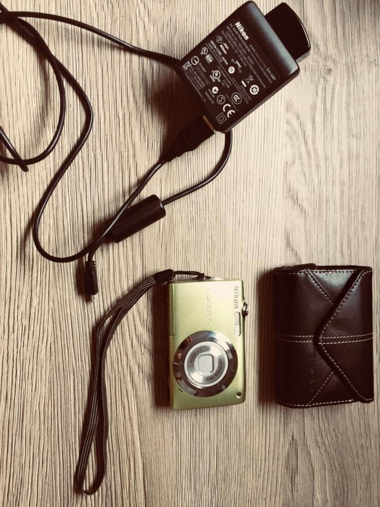 Nikon Coolpix S3000 Digital Camera- green