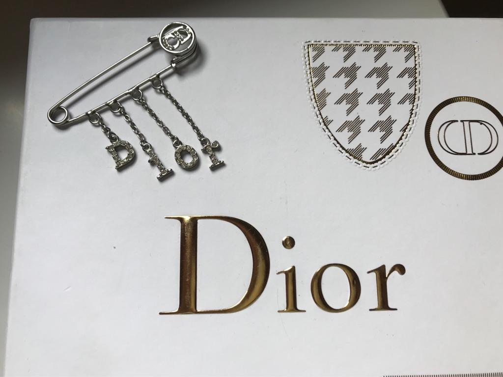 Dior nappy pin brooch