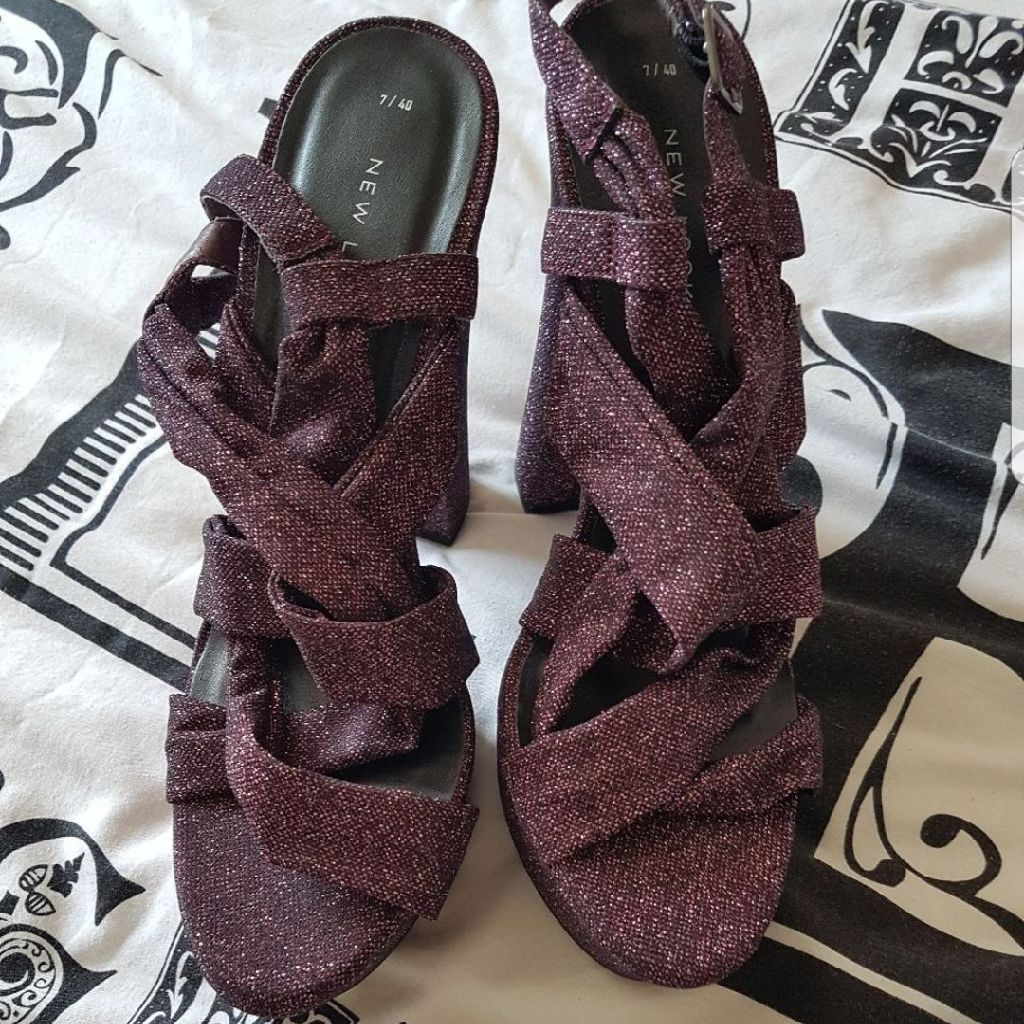 Purple glittery heels size 7