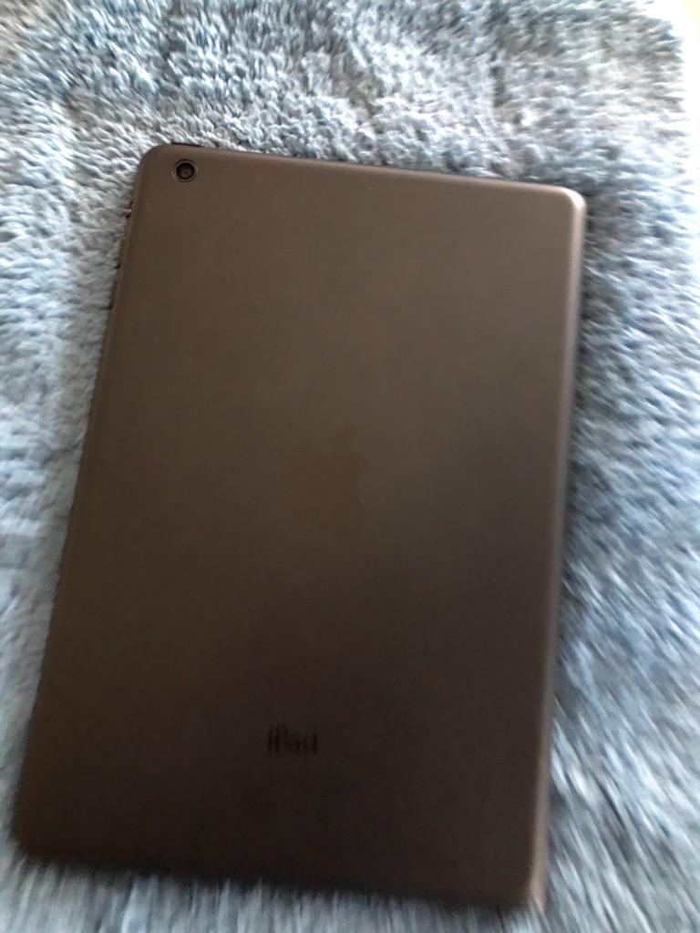iPad Mini 64GB excellent condition