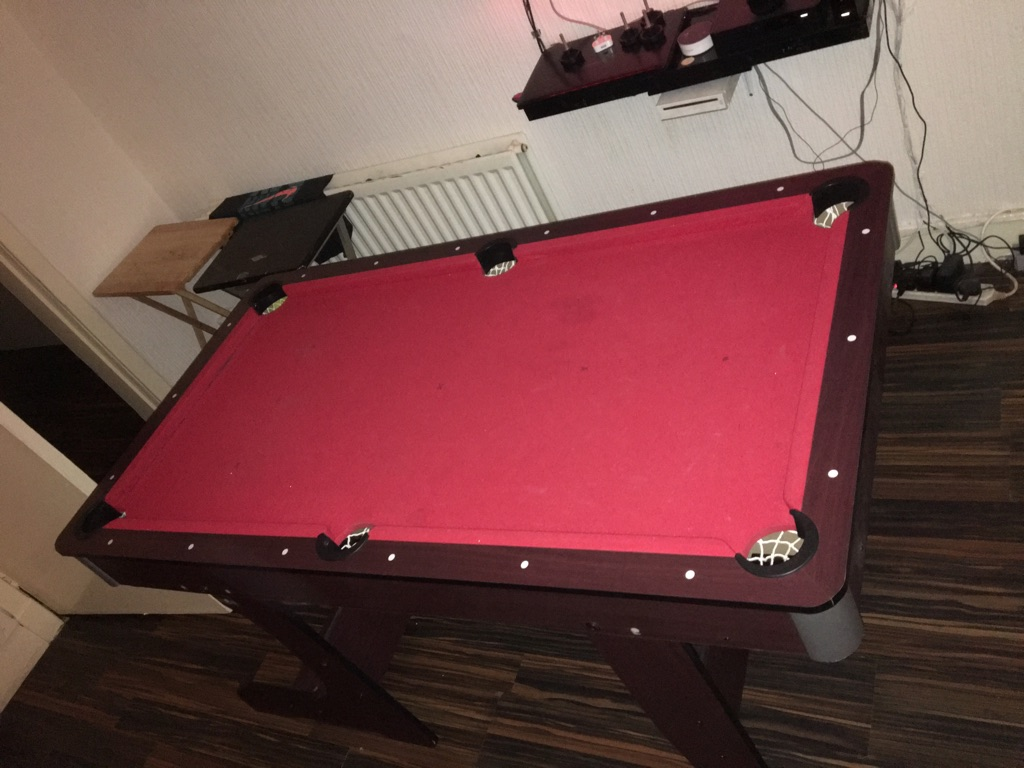 - 5ft Pool Table Village
