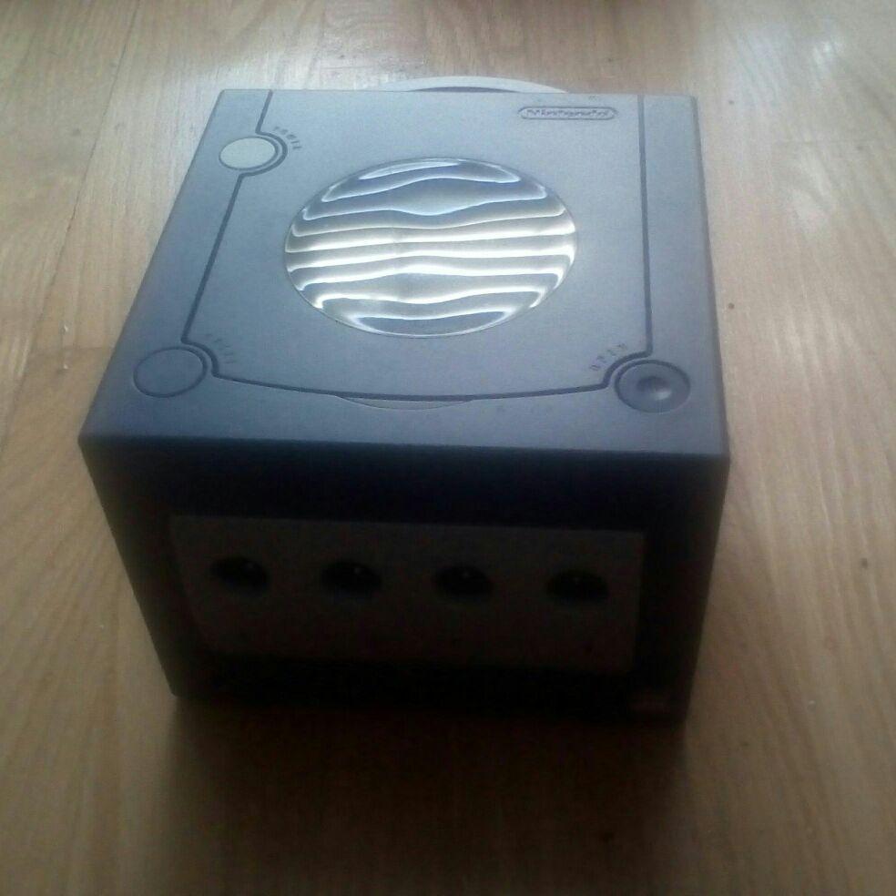Nintendo GameCube (No Cords)
