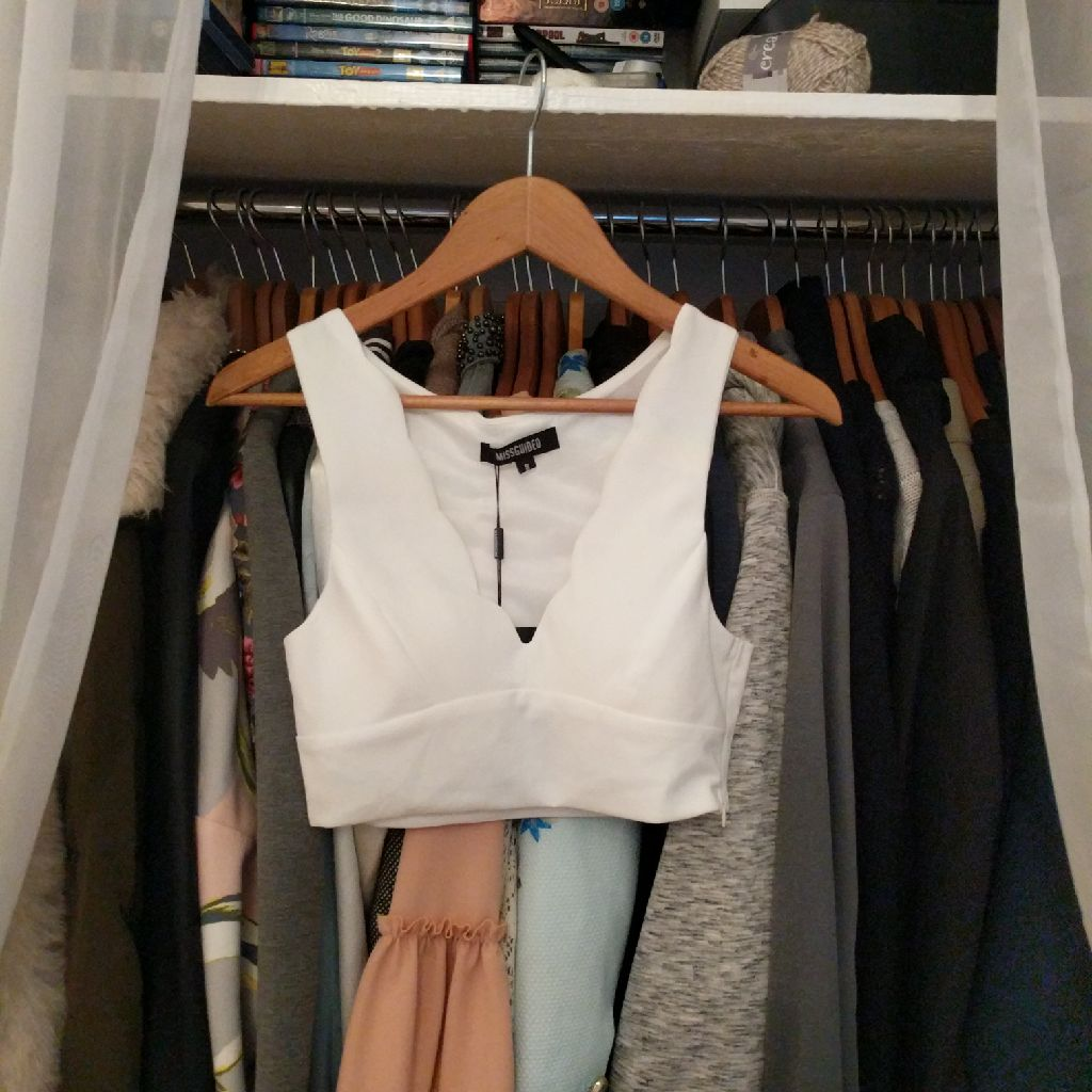 Missguided crop top size 8