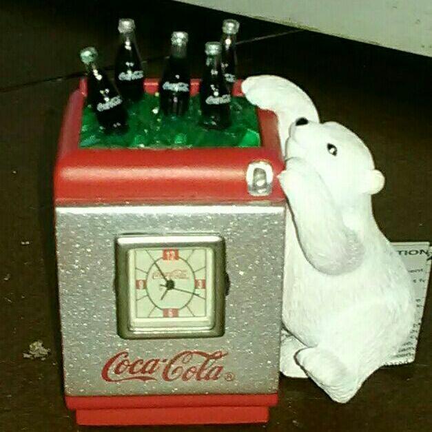 Mini coca cola clock