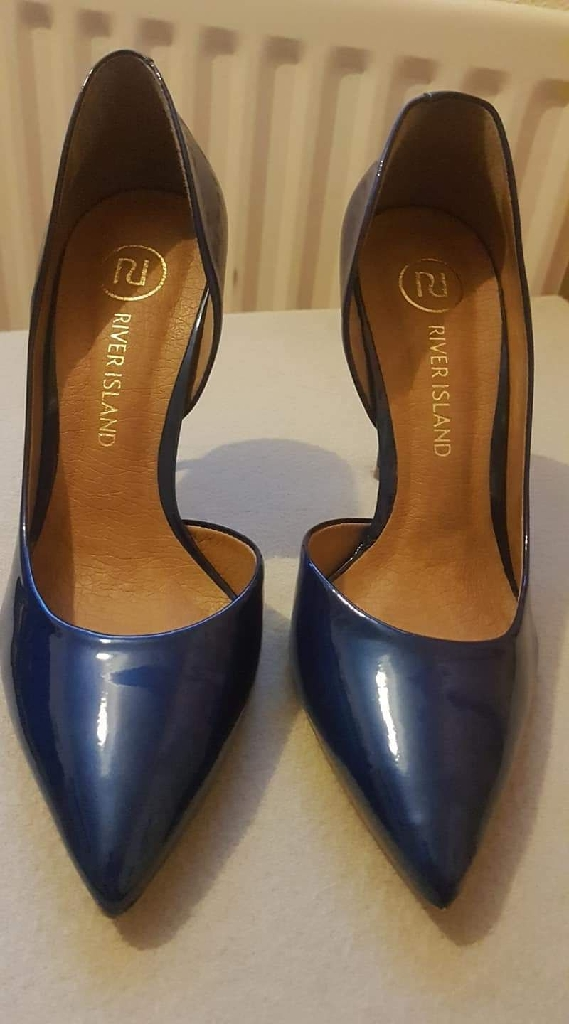 River Island court shoe