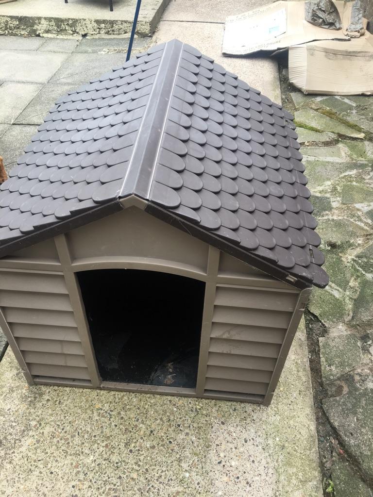Outside dog kennel