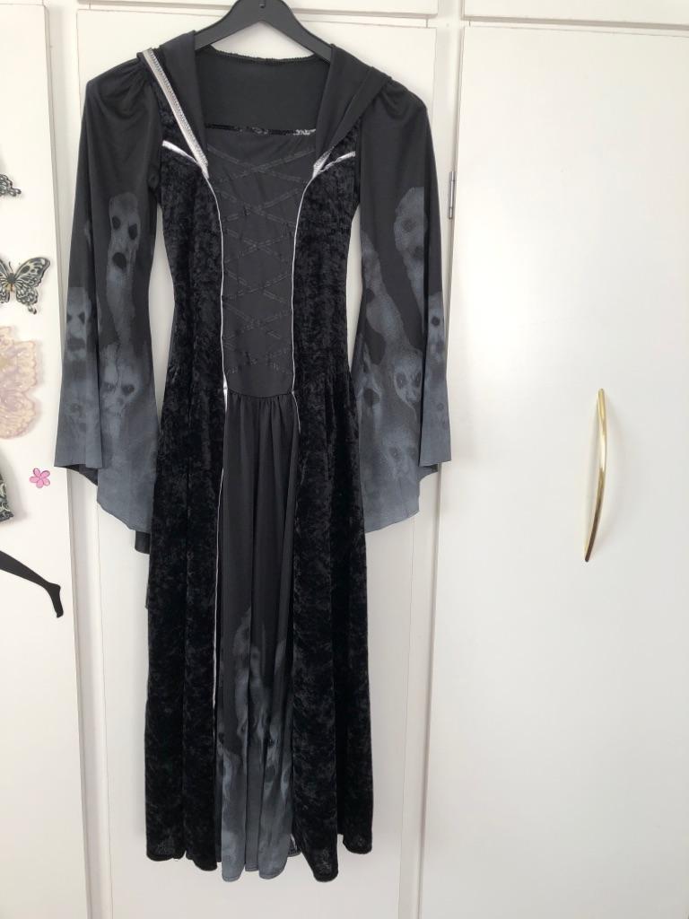 Hallowe'en dress age 11-12
