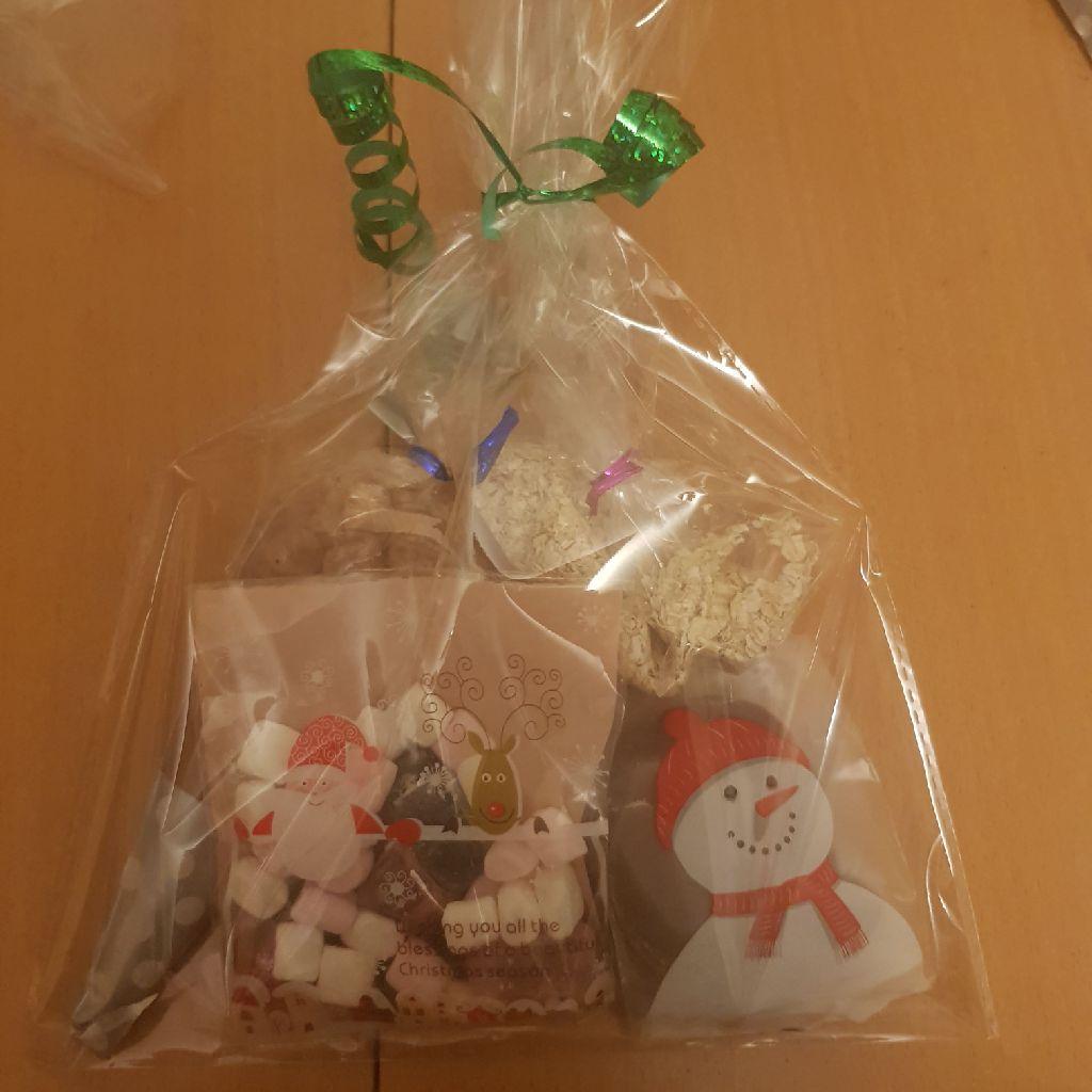 Christmas eve bags £2