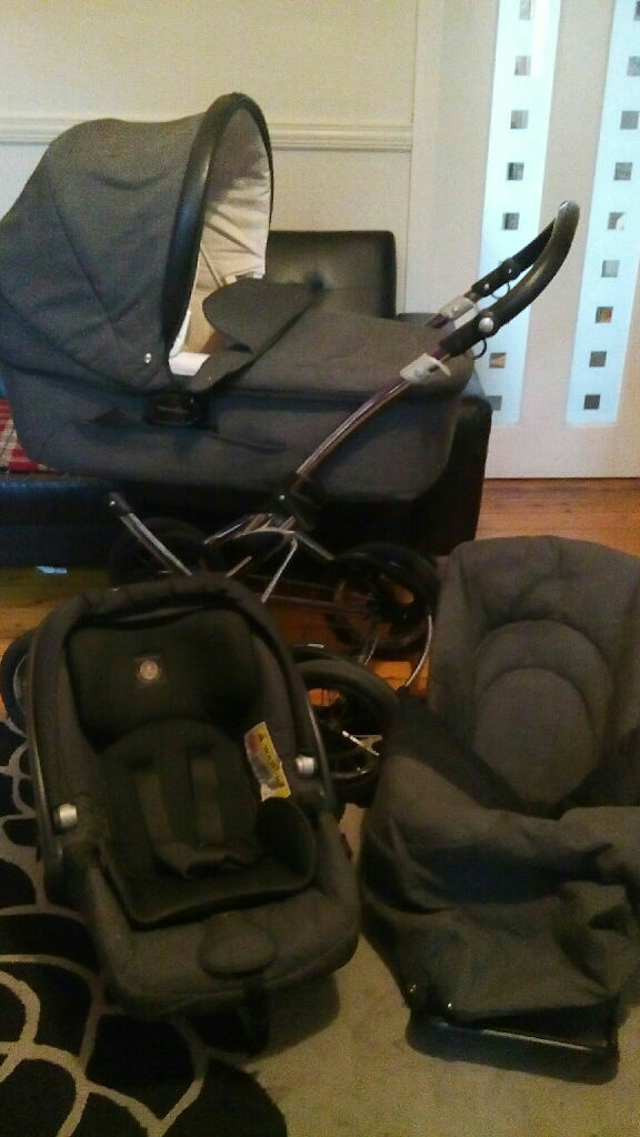Mamas & Papas pram with accessories