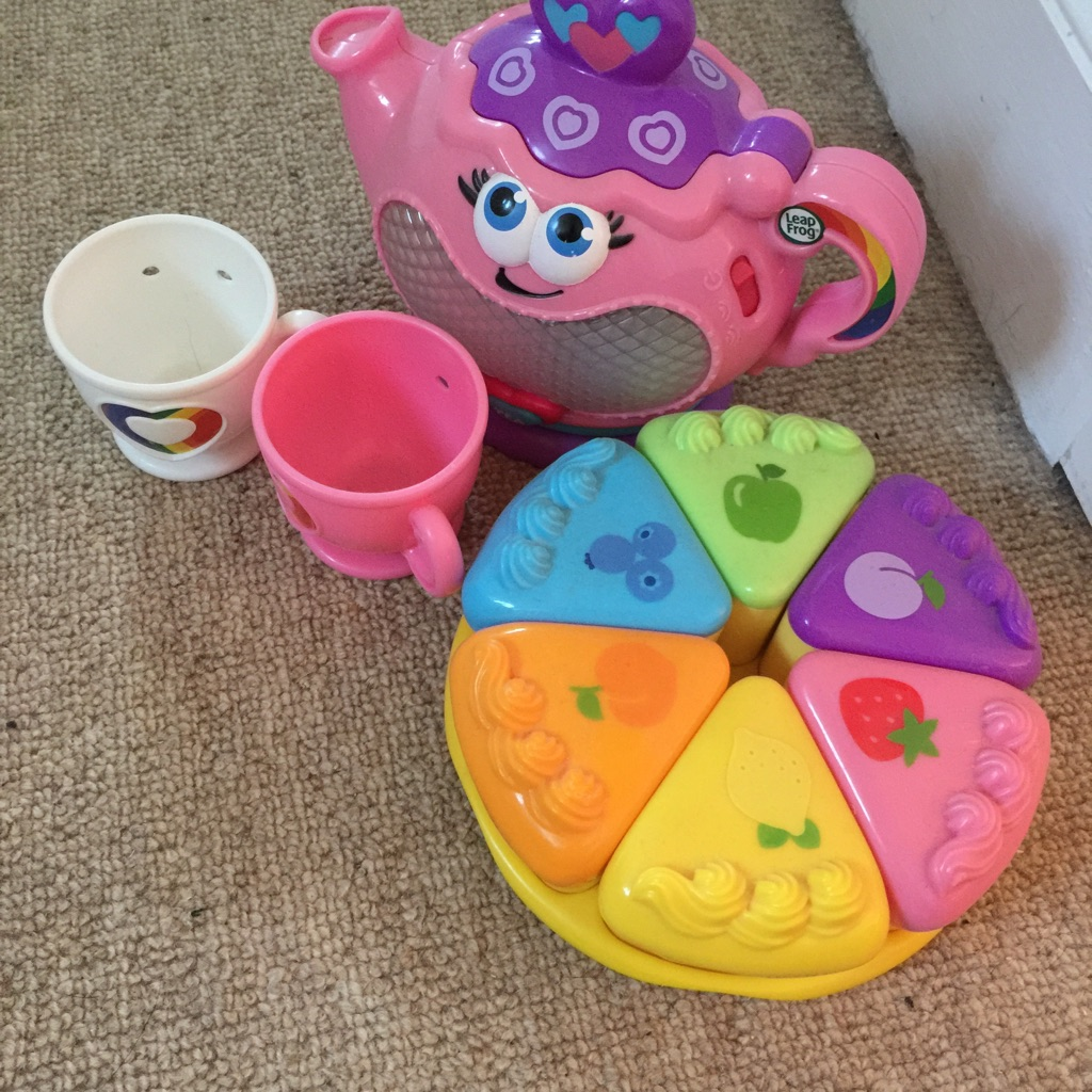 Musical rainbow tea party. Leapfrog.