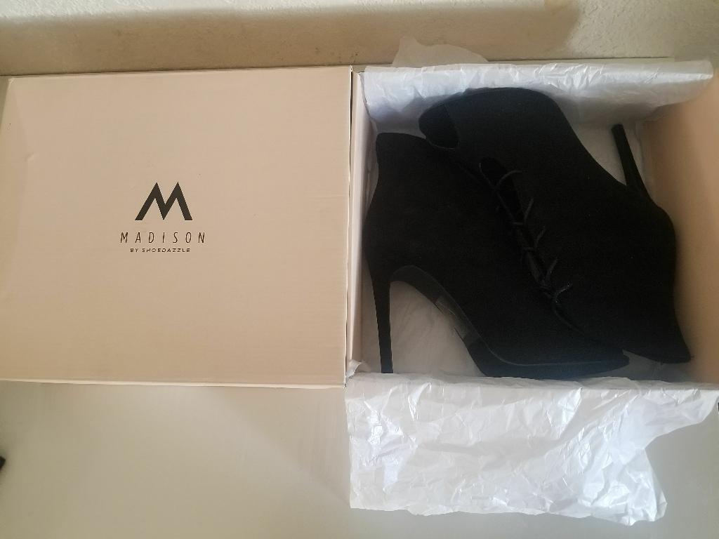 "Black Madison (by ShoeDazzle) ""Allie"" Heel"