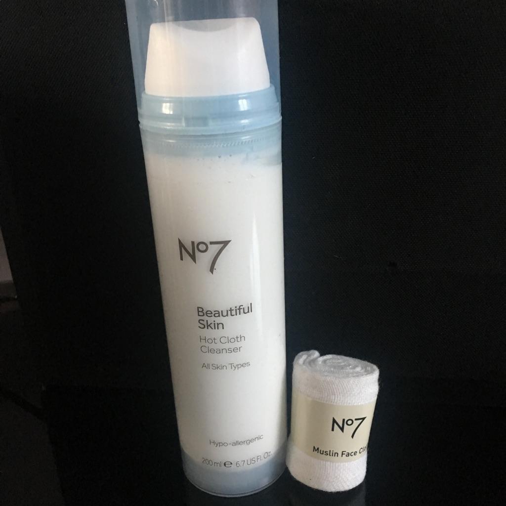 No7 Beautiful Skin Hot Cloth Cleanser 200ml New & Unused