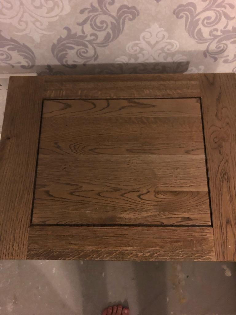 Bedside tables/side unit