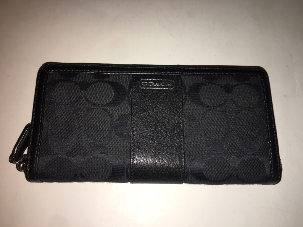 Coach Park Signature Accordion Zip Wallet