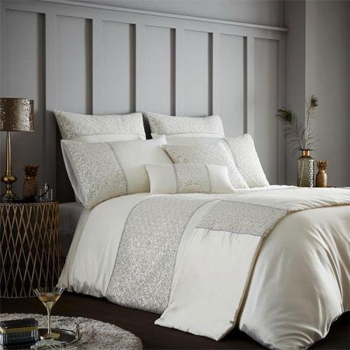 Horimono cream luxury duvet set