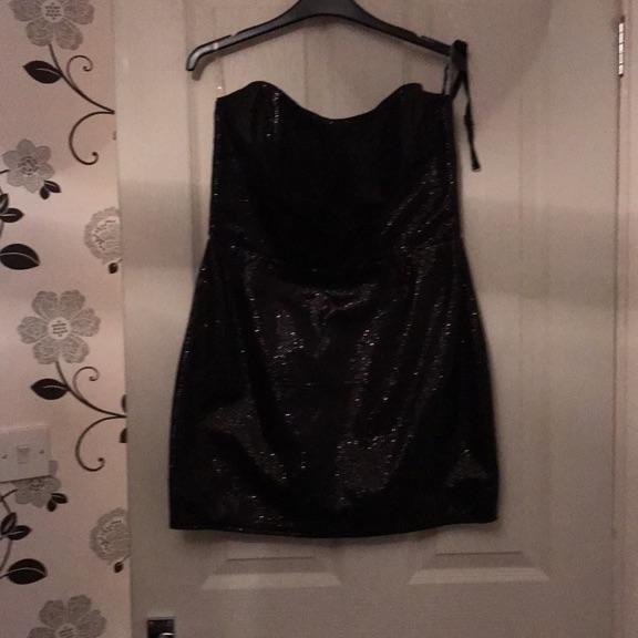 LIPSY black dress size 14