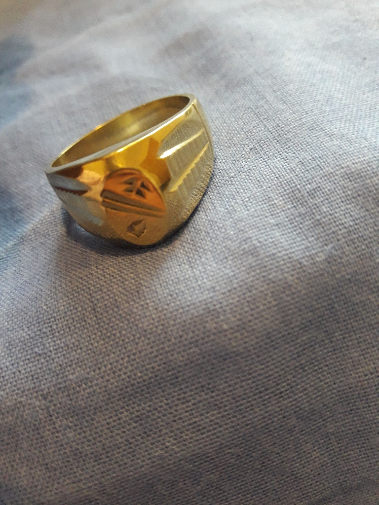 18k heavy gold ring