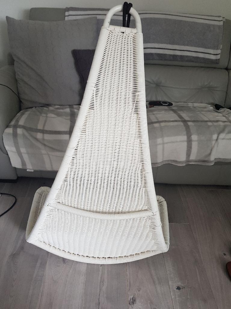 Ceiling chair