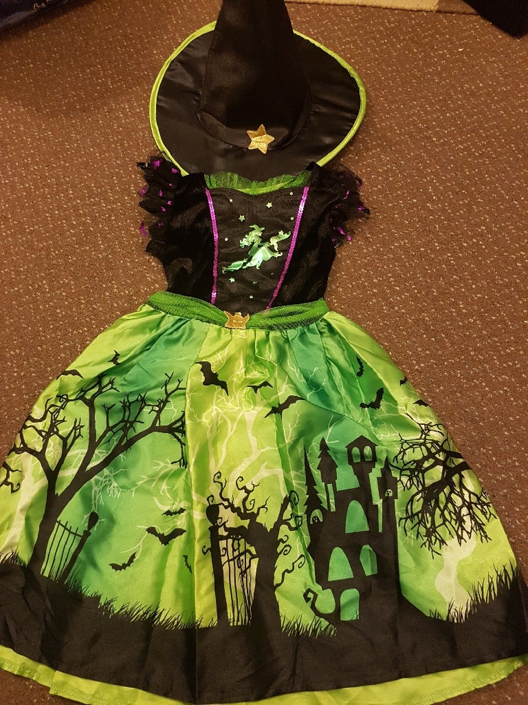 Age 7-8 Witch Halloween costume with hat